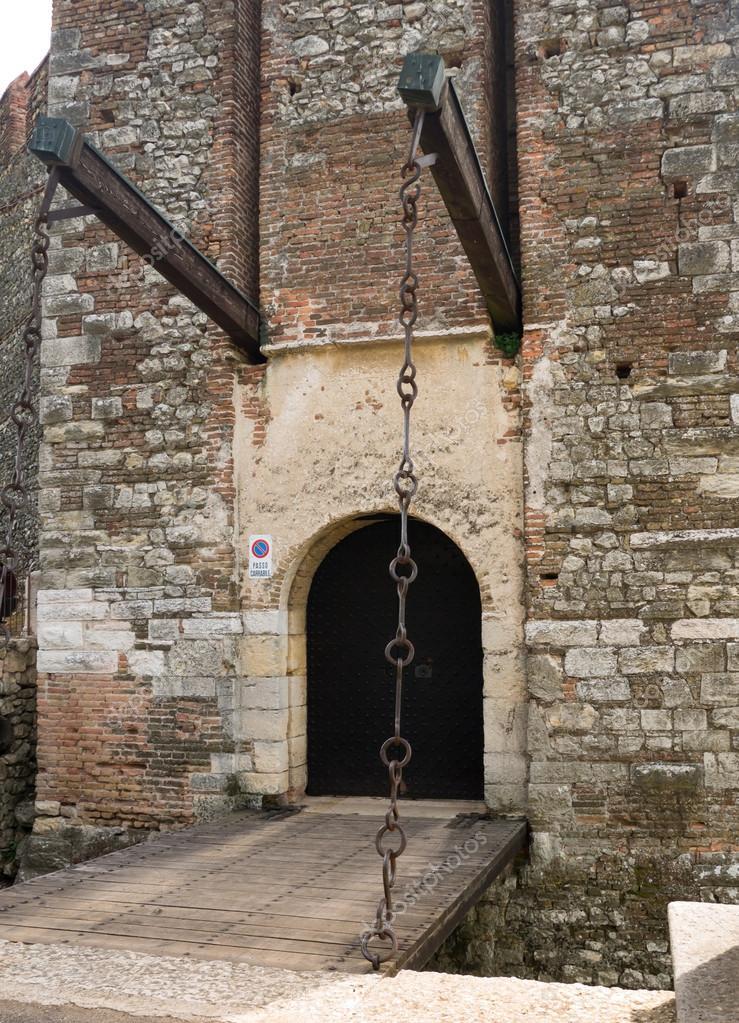 подъемные мосты замков картинки трубчатые плод