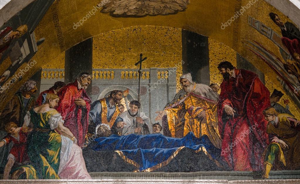 Mosaicos de fachada na Catedral de Veneza são Marcos — Stock Photo ...