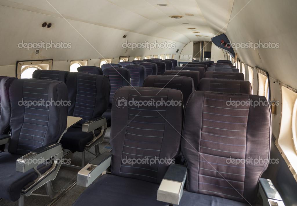 Cabina di un aereo di linea vintage foto stock for Piani economici della cabina di ceppo