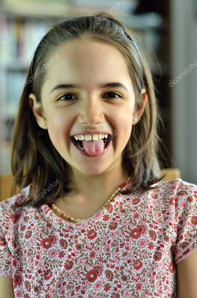 Super Zadowolony Dziewczynka Hiszpanin  Zdjcie Stockowe  Aaraujo 23629947-5344