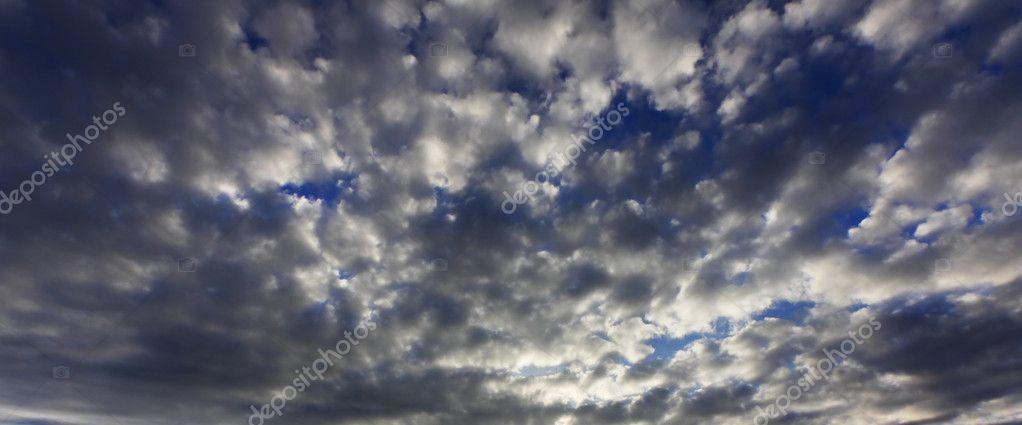 Dramatic cloud pattern