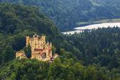 Fotografie Schloss hohenschwangau in den bayerischen Alpen - tirol, deutschland