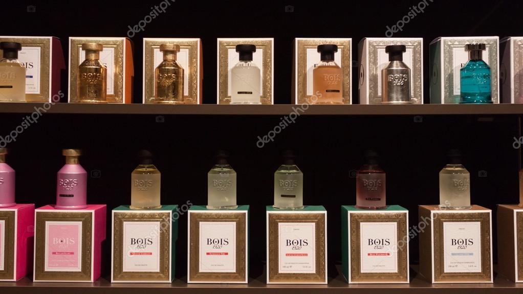 frascos de perfume no esxence 2014 em Milão 8ae5ceb6b4b8