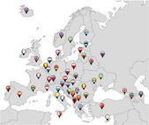Fotografia appuntato bandiere di paesi sulla mappa dEuropa