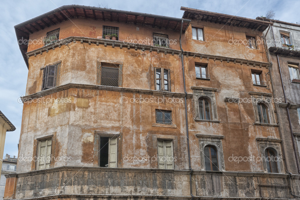immeuble quartier juif de rome photographie izanbar. Black Bedroom Furniture Sets. Home Design Ideas