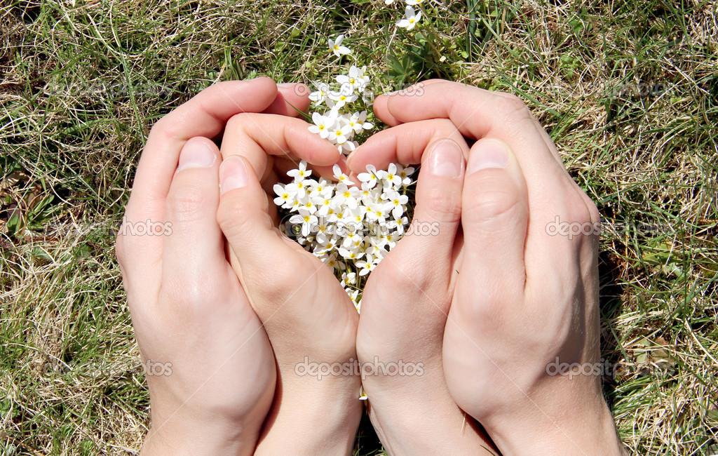картинки рука в руке влюбленных