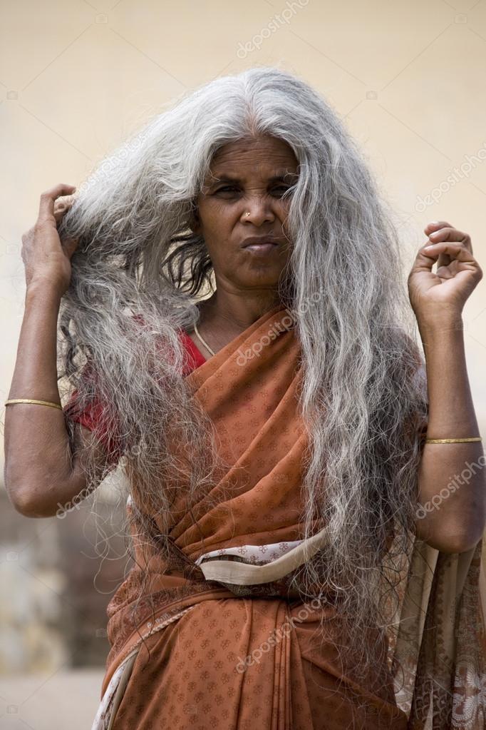 Hindou - Indiennes en chaleurs baisent en vidos, lister