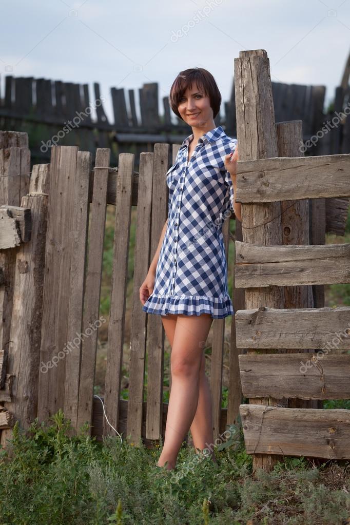 фото молодых деревенских девушек