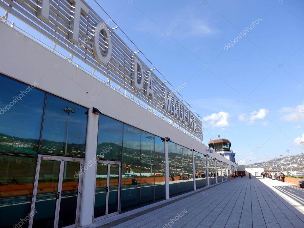 Madeira Airport Terminal — Stock Photo © PlazacCameraman ...