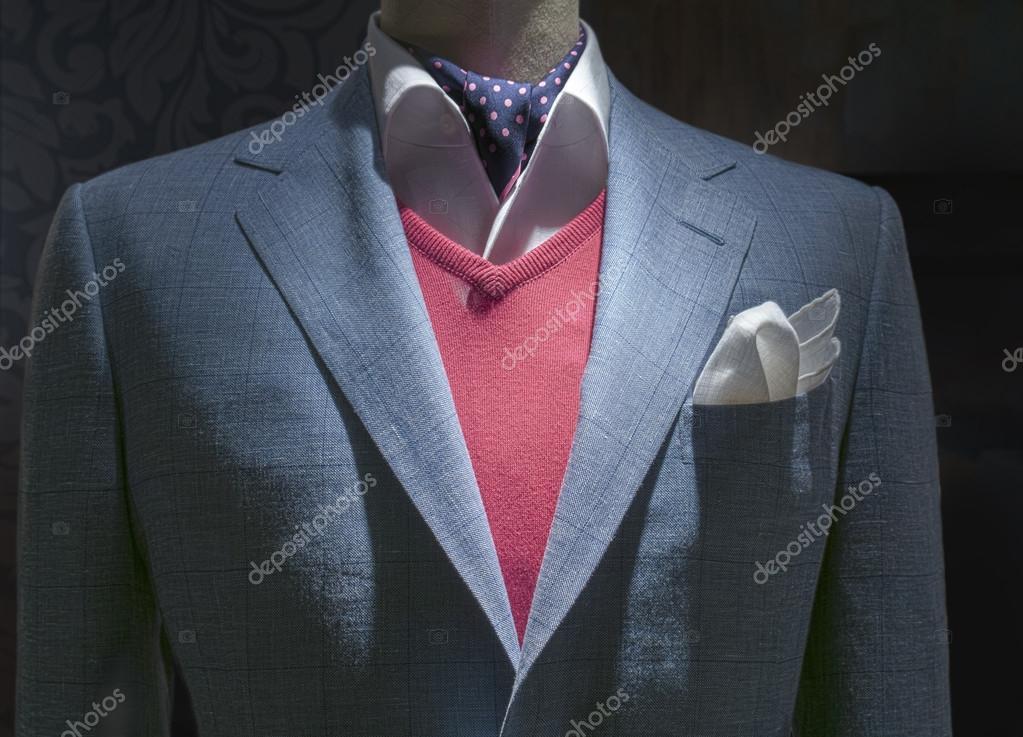 Veste Legere De Damier Bleu Avec Le Pull Rouge Chemise Cravate