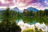 horské jezero Štrbské pleso, Vysoké Tatry, Slovensko