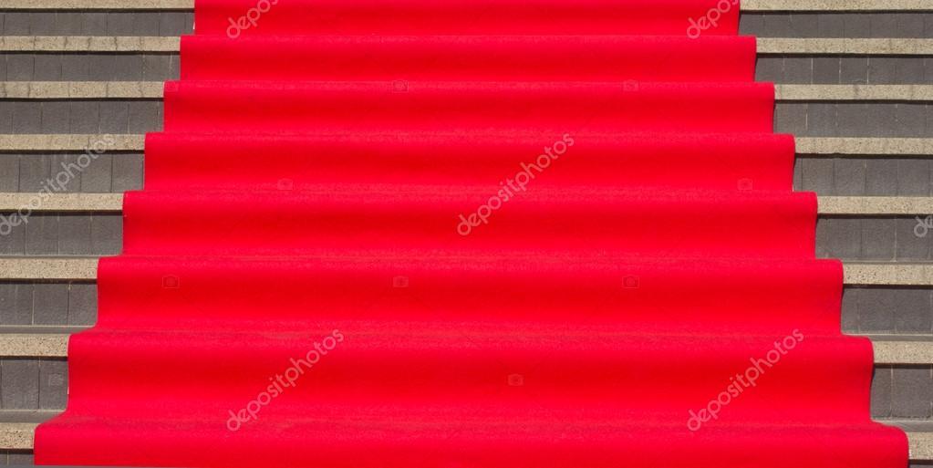 escalera con pasamanos interiores u foto de stock