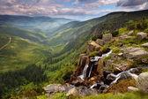 Pančavskému vodopádu v Krkonošském horském - Česká republika