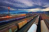 与火车和铁路货物运输中心