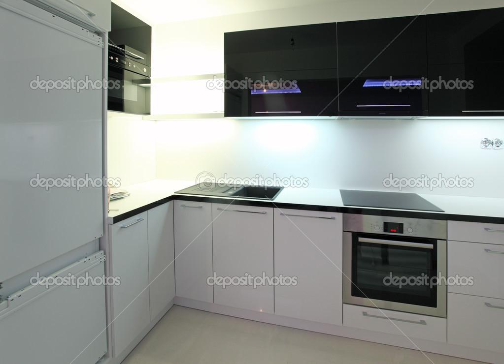cocina moderna en mansión de lujo en Australia — Foto de stock ...