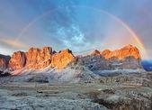 Fotografie horské slunce panorama krajiny - v Alpách Itálie - Dolomity