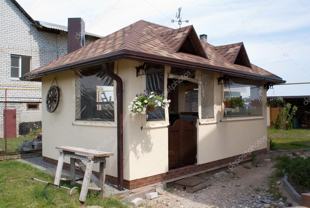 Gartenhaus Mit Sommerküche : Sommerküche u stockfoto krezofen