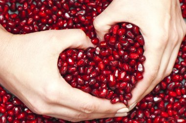 Pomegranate seed's pile