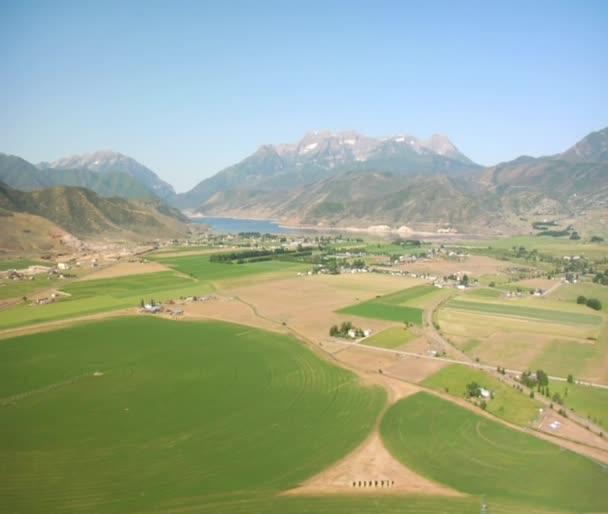 Letecký snímek horských zemědělců
