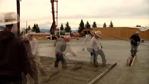 lití betonu v timelapse