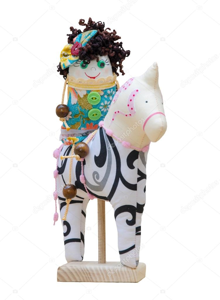 hecho a mano juguetes suaves chica alegre caracteres en aisla a ...