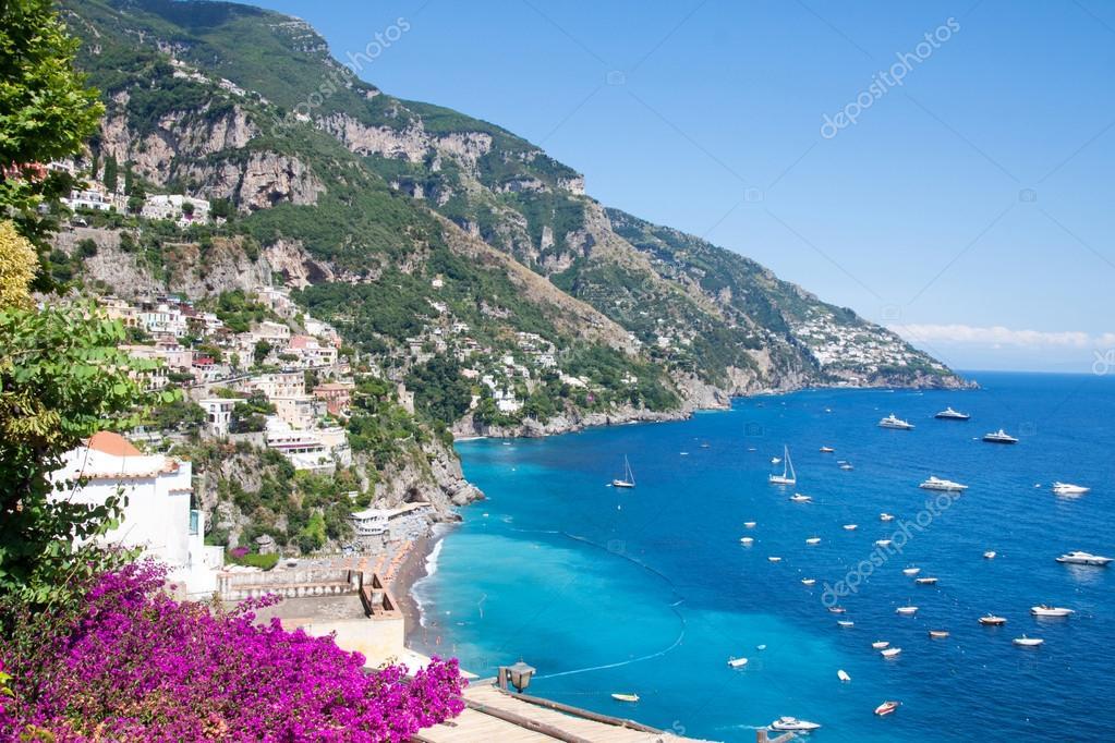 Positano costiera amalfitana italia foto stock for Piani domestici della carolina costiera