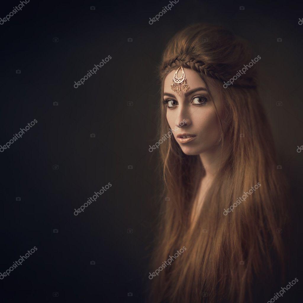 Girl Queen