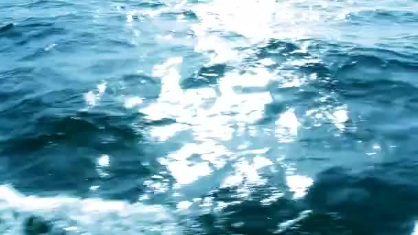 tengeri hullám