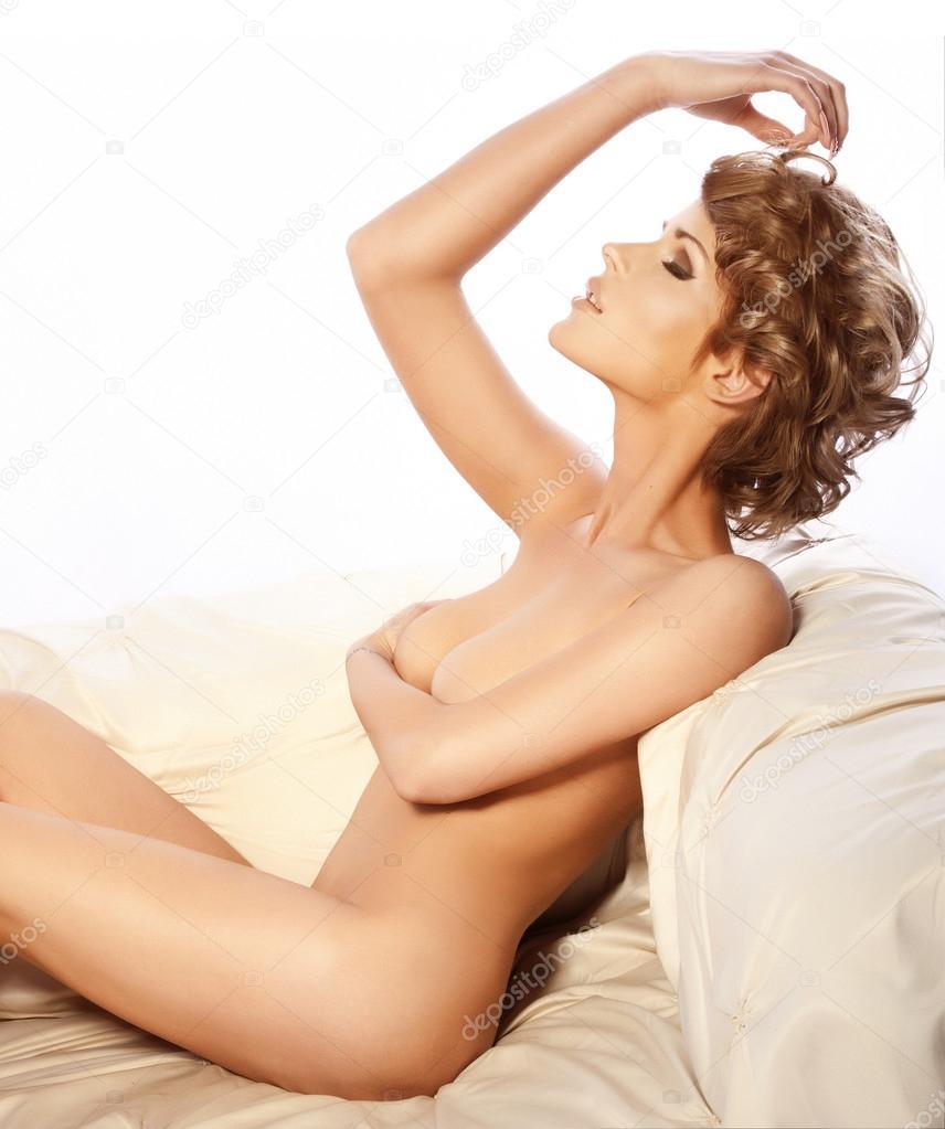 Floppy tits nude amateur
