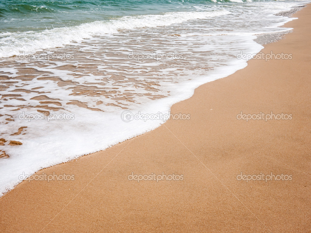 Fotos De Stock Chat9780: Clean And White Wave On The Beach