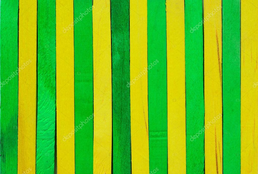 Sfondo Di Legno Verde E Giallo Foto Stock Pathomp 31976101