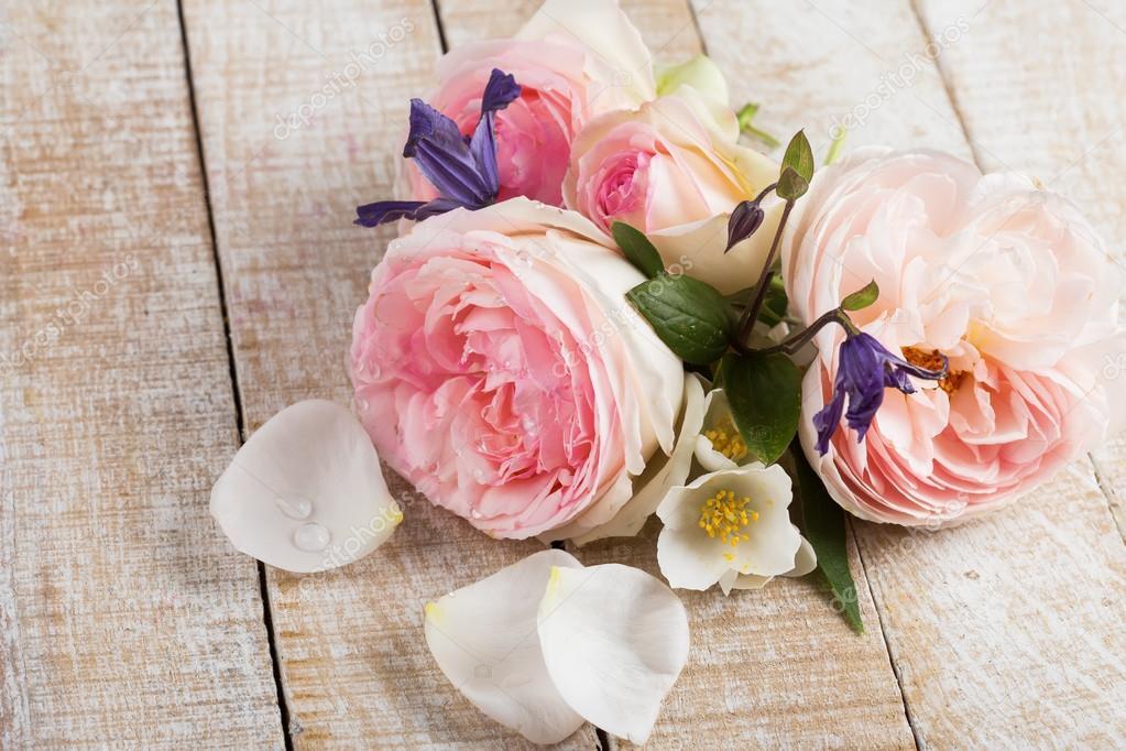 Cartolina con fiori eleganti \u2014 Foto Stock