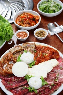 Korean cuisine : barbecue grill set