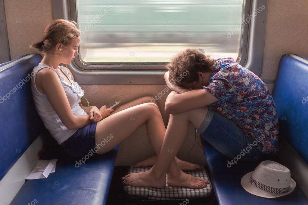 Случайное Знакомство В Поезде