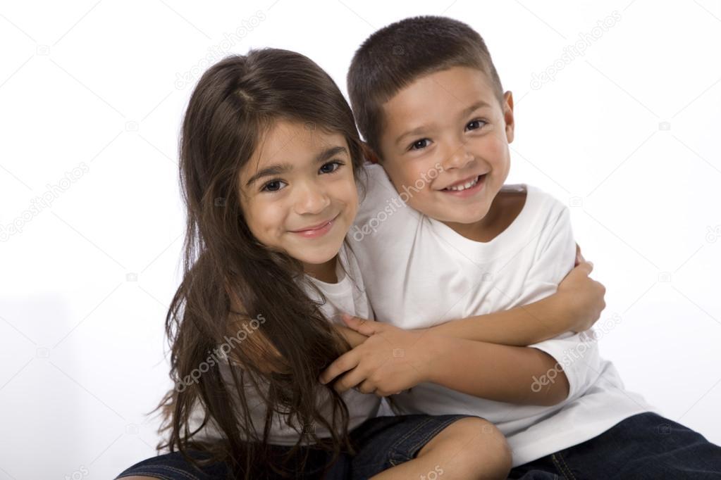Родителям говорить не торопись, ведь это в корне изменит их отношение к твоему брату (не в лучшую сторону) сперва поговри с ним, объясни.