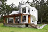 Fotografie großes modernes Haus