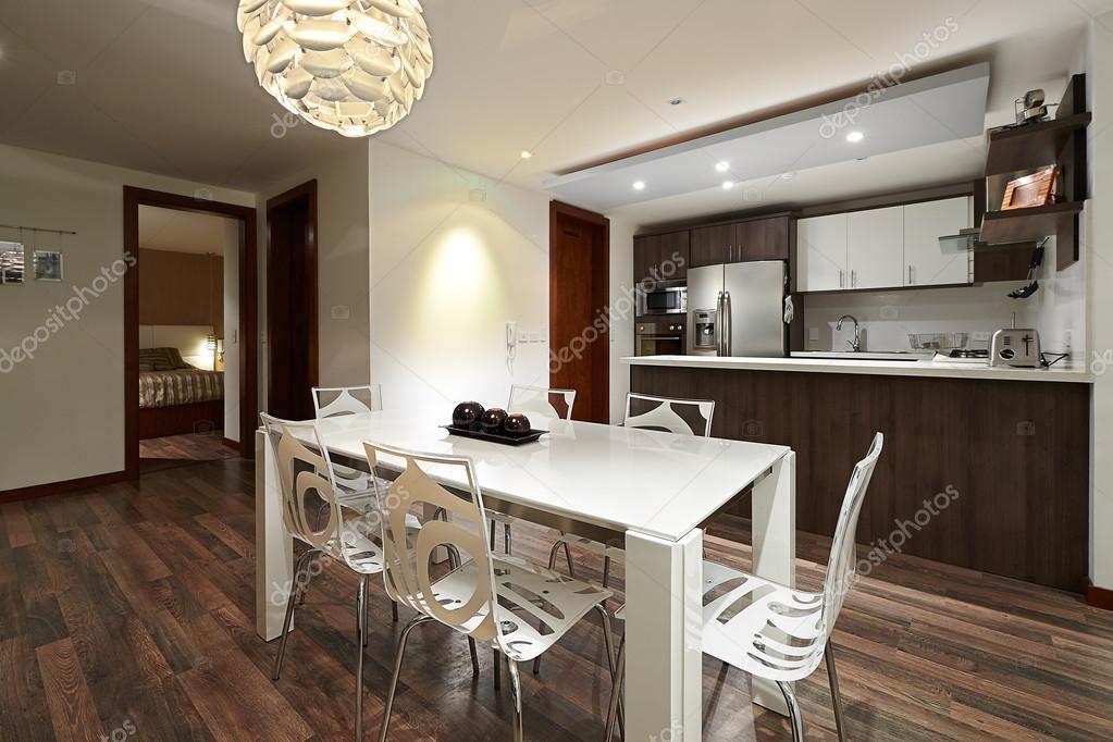 sorozat lakberendezés: modern apartman, étkező és konyha körn ...