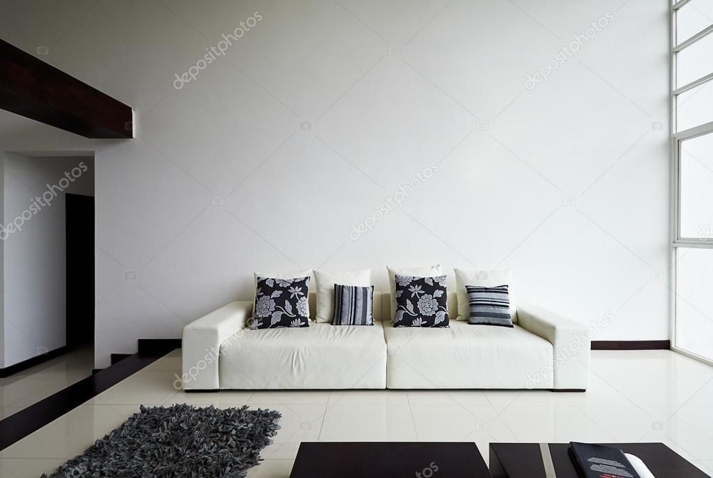 Interior Design-Serie: moderne Wohnzimmer mit großen leer weiß ...