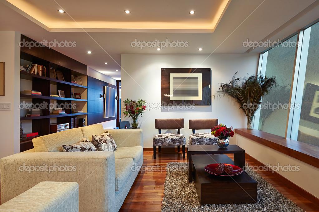 Design d\'intérieur : grand salon moderne — Photographie scornejor ...