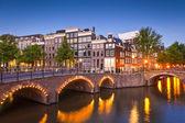 Amsterdam klidný kanál scéna, Holandsko