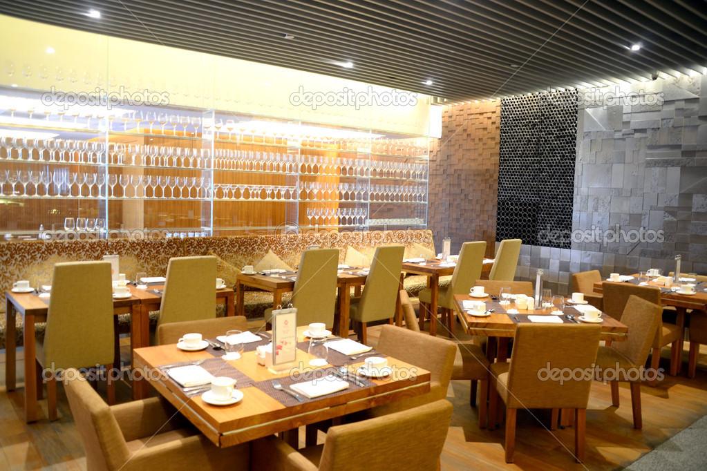 mesa de comedor restaurante — Fotos de Stock © photographjoe #34681251