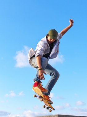 Skateboarding stock vector