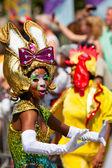Karnevalové tanečnice na street parade Karibiku karneval
