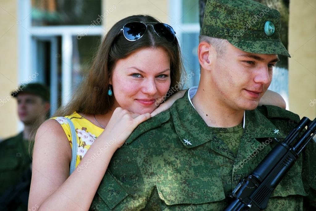 Пацан в солдатской форме фото 46-674