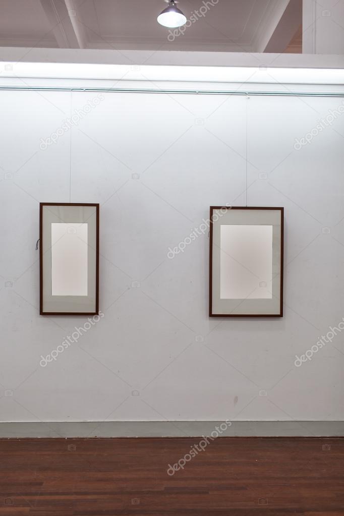 marco blanco en Galería de arte — Foto de stock © wxin67 #24318499