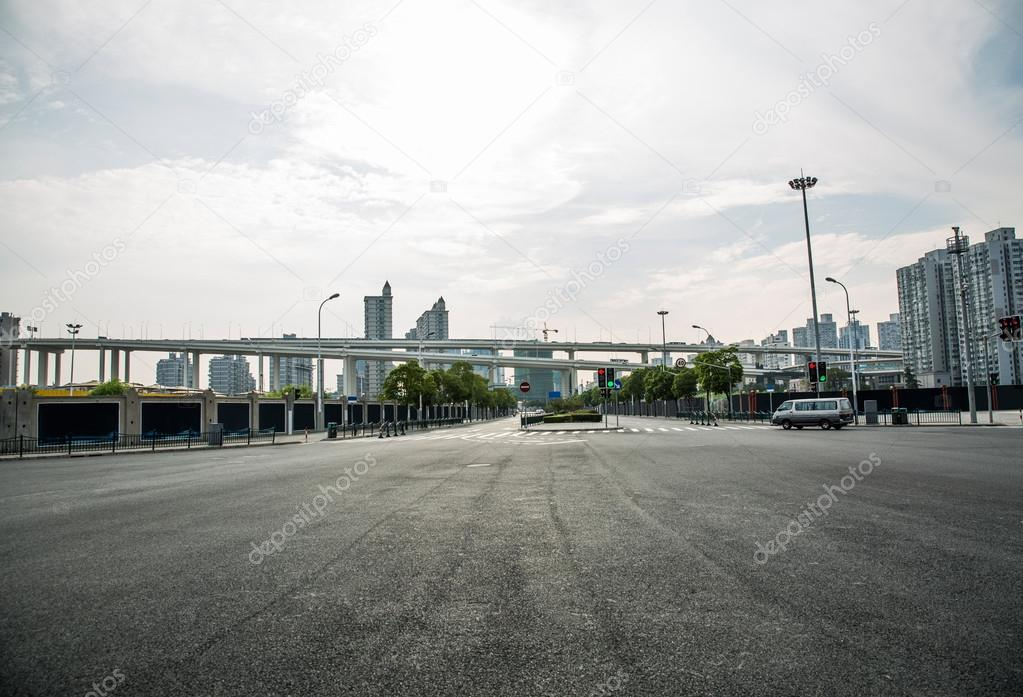 urban roads in shanghai