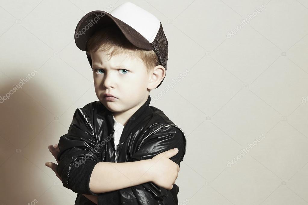 Risultati immagini per bambino con cappello rap