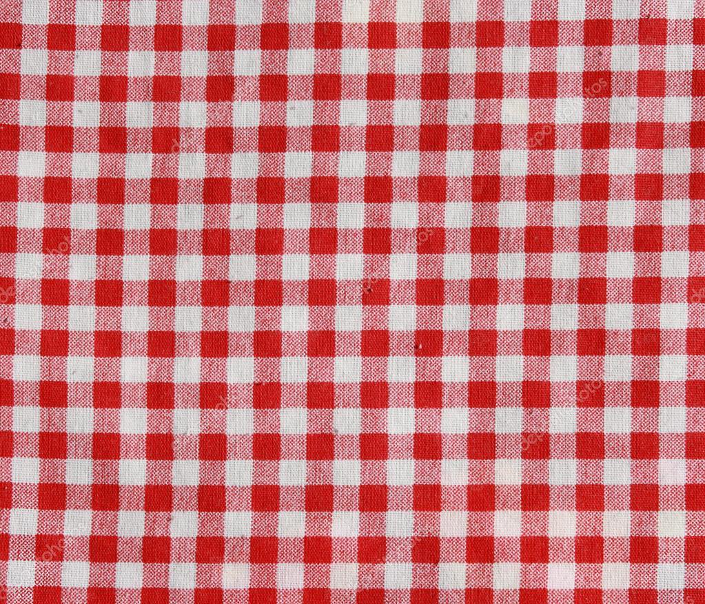 couverture de pique nique damier rouge et blanc photographie alexeybykov 45028393. Black Bedroom Furniture Sets. Home Design Ideas