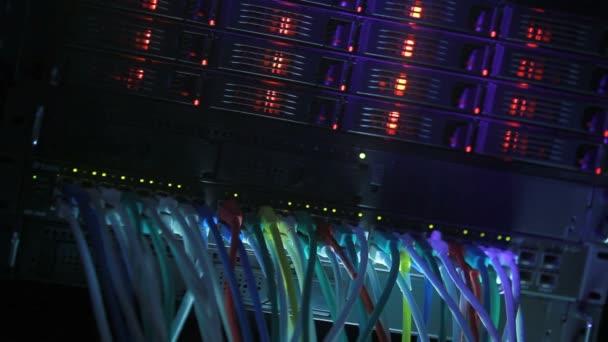 Servergestell blau getönt