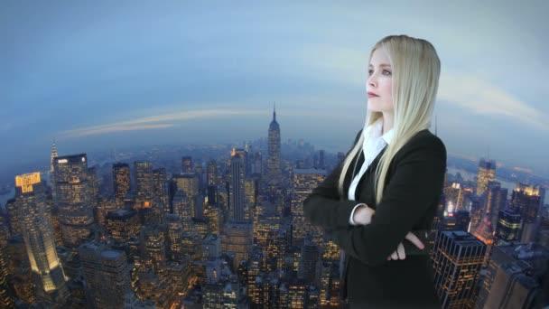žena před new york